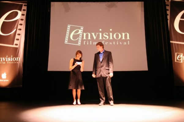 envision 2 shot plus stage